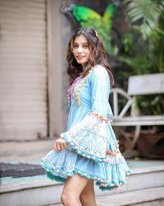 Cute Girl Pic, Cute Girls, Nice Dresses, Short Dresses, Cute Selfie Ideas, Stylish Girls Photos, Teen Actresses, Bollywood Girls, Beautiful Girl Photo