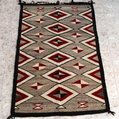 Vintage Navajo Crystal Wool Rug 24614 | Alltribes