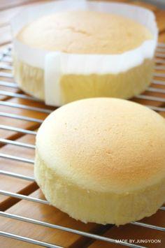 [코튼치즈케이크] 부드러운 일본식 치즈케이크 : 네이버 블로그 Baking Recipes, Cake Recipes, Dessert Recipes, Asian Desserts, Sweet Desserts, Baking School, Korean Dessert, Bread Cake, Cookie Desserts