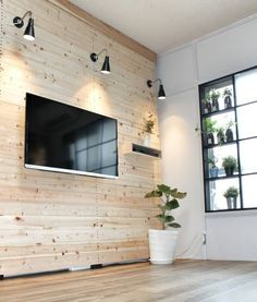 ずっと憧れていた壁掛けテレビをラブリコを使って作ってみました▽ Wood Interior Design, Diy Interior, Interior Design Living Room, Furniture Design, Tv Wall Cabinets, Rack Tv, Diy Garage Storage, Rustic Room, Diy Pallet Furniture