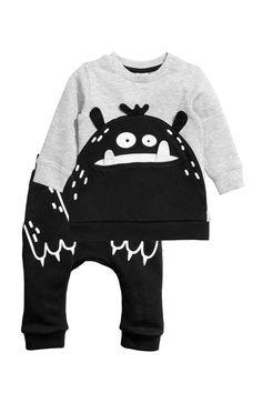 Sweatshirt and joggers - Black/Monster - | H&M GB 1
