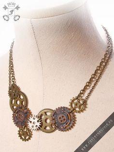 Steampunk+Gear+necklace