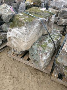 Ewing now offers natural stone options from BMJ Stone in Tennessee! Natural Stones, Tennessee, Outdoor Living, Texture, Wood, Crafts, Outdoor Life, Manualidades, Woodwind Instrument