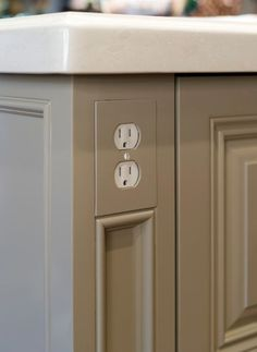 Planning Electrical Outlets and Switches - great info to know if you are plannin. Planning Electrical Outlets and Switches - great info to know if you are planning a bathroom or kitchen remodel. Kitchen Redo, Kitchen Pantry, Kitchen And Bath, New Kitchen, Kitchen Ideas, Ranch Kitchen, 1970s Kitchen, Kitchen Cabinets, Narrow Kitchen