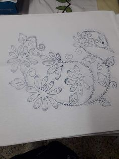 Embroidery On Kurtis, Kurti Embroidery Design, Embroidery Art, Embroidery Stitches, Embroidery Patterns, Beautiful Flower Drawings, Flower Art Drawing, Butterfly Drawing, Saree Painting Designs