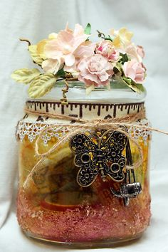 Memory jar! I want to make something like this for my friends for Christmas