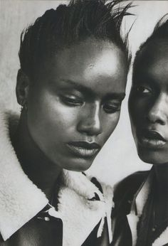 Peter Lindbergh:  Margareth Lahoussaye-Duvigny, Adia Coulibaly The Face November 1996