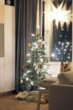 Joulu BoKlok Nikinkummussa 2014 Photo: Skanska Kodit www.boklok.fi Christmas Tree, Holiday Decor, Home Decor, Teal Christmas Tree, Decoration Home, Room Decor, Xmas Trees, Christmas Trees, Home Interior Design