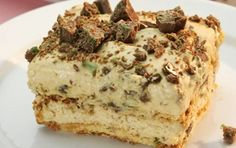 This is an adaption of the traditional South African peppermint crisp tart recipe. You can also mix the chocolate into the caramel mixture if you prefer and grate the chocolate onto the final top layer. Coconut Recipes, Tart Recipes, Cream Recipes, Dessert Recipes, Desserts, Curry Recipes, Dessert Bars, Pepermint Crisp Tart, Peppermint Crisp