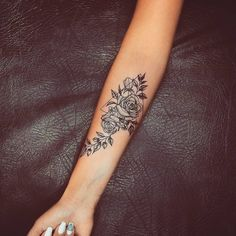 Cute Tattoos For Women Small Pretty Tattoos, Sexy Tattoos, Body Art Tattoos, Hand Tattoos, Small Tattoos, Sleeve Tattoos, Inner Wrist Tattoos, Forarm Tattoos, Inner Forearm Tattoo