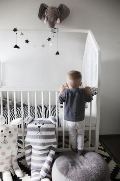 Scandinavian nursery design inspiration – Love the new modular Stokke Home furniture concept!