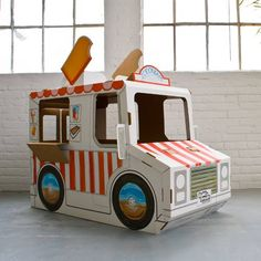 """imagine wagon"" decorate your own cardboard ice cream truck. // build a dream playhouses Cardboard Playhouse, Cardboard Crafts, Cardboard Car, Cat Playhouse, Playhouse Plans, Diy For Kids, Crafts For Kids, Diy Toys, Play Houses"
