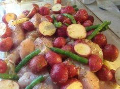 Garlic Lemon Chicken w/ Red Potatoes and Green Beans #recipe