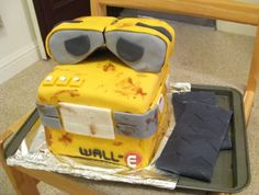 Wall-e cake tutorial