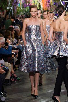 Raf Simons Throws a Garden Party for Dior