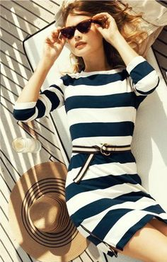 casual striped dress for timeless summer fashion Looks Style, Style Me, Navy Style, Style Blog, Classic Style, Estilo Navy, Look Fashion, Womens Fashion, White Fashion