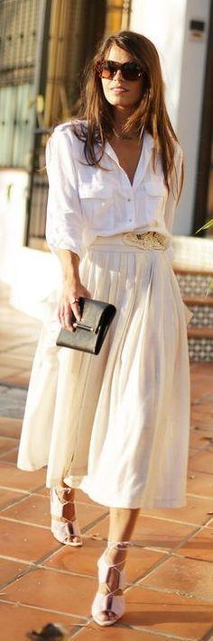 White shirt, beige midi skirt, lavender strappy heels, and black clutch Corporate Wear, Fashion Mode, Look Fashion, Street Fashion, Fashion Heels, Fashion 2015, Travel Fashion, Latex Fashion, Trendy Fashion