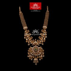 Striking Graceful Traditional Necklace This striking neckpiece is enough to compliment any traditional wear. The precious stones in this Pachi work necklace is detailed with gold work further beautified with micropearls. Antique Jewellery Designs, Gold Jewellery Design, Gold Jewelry, Gold Necklace, Antique Necklace, Wedding Jewelry, Indian Necklace, Trendy Jewelry, Tassel Earrings
