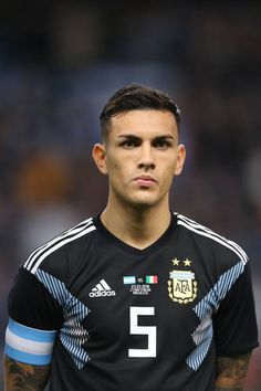 Leandro Paredes of Argentina during an International Friendly fixture between Italy and Argentina at Etihad Stadium on March 23 2018 in Manchester. Football Boys, World Football, College Football, Football Cards, Mbappe Psg, Neymar Jr Wallpapers, Argentina Football, World Cup Russia 2018, International Football