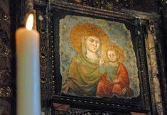 Madonna della StradaoSanta Maria Della Strada- la Madonna del Buon Cammino, ola Madonna della Buona Strada- è il nome di un'immagine dellaBeata Vergine Maria, custodita nellaChiesa del Gesùa Roma.