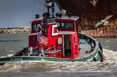Great Lakes Towing Co. Tug 'Illinois' - Heading to Assist the Arrival of 'M/V Federal Mattawa' - Port of Cleveland - Cleveland, Ohio Yacht Design, Boat Design, Great Lakes Ships, Offshore Boats, Boating Holidays, Tug Boats, Lake Boats, Deck Boat, Cool Boats