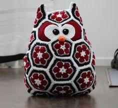 Crochet Owl Pillows, Crochet African Flowers, Lace Making, Crochet Animals, Couture, Kids Room, Crochet Patterns, Throw Pillows, Blanket