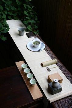 Less Staff Chinese Tea Room, Tea Room Decor, Zen Tea, Zen Style, Cocinas Kitchen, Tea Culture, Japanese Interior, Tea Art, Japanese House