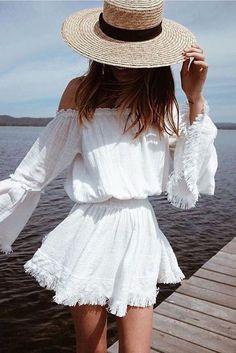 Idée et inspiration look d'été tendance 2017   Image   Description   #summer #outfits / boho off the shoulder playsuit