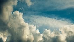 35 Free Cloud Wallpapers to Set Up your Emotion on http://naldzgraphics.net