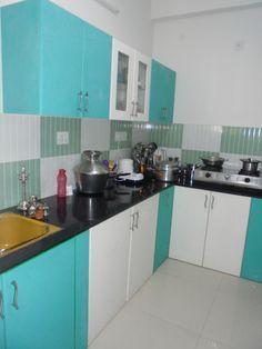 Modular kitchen in Chennai. Moduler Kitchen, Kitchen Cabinet Interior, Kitchen Cupboard Designs, Kitchen Modular, Kitchen Tiles Design, Kitchen Cabinet Styles, Modern Kitchen Cabinets, Modern Kitchen Design, Interior Design Kitchen