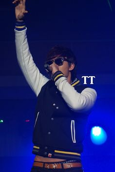 131117 THE CRY 5zic cr TT