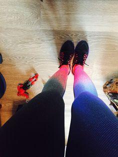 Estou apaixonada por essa legging…olhem que efeito ela faz!!