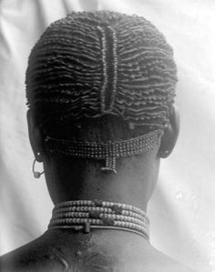 Braids Really Cool African Hairstyles Black And White Face, Black Hair, African Museum, African American Women Hairstyles, African Braids Hairstyles Pictures, Tribal Hair, Oriental, Black Goddess, Beauty Around The World