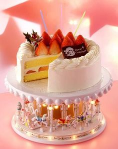Japanese Christmas cake inpsiration ~ 不二家、クリスマスケーキ35アイテムの予約受付を10月1日から開始