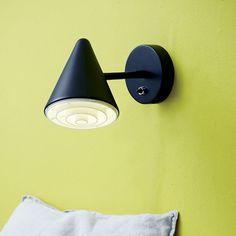 Herstal Arrow Vegglampe Sort - Vegglamper - Innebelysning   Designbelysning.no