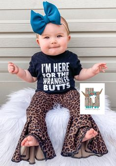 Baby B's Southern Boutique babychristeningdress baby outfits Hamarat kontes zzeynepaloglu Weddings and Babies. Cute Baby Girl Outfits, Cute Outfits For Kids, Toddler Outfits, Western Baby Clothes, Baby Kids Clothes, Western Babies, Country Baby Clothes, Baby Swag, My Baby Girl