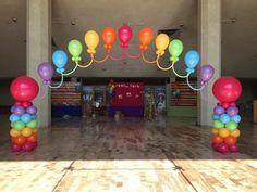 Rainbow arch Birthday Balloon Decorations, Balloon Centerpieces, Birthday Balloons, Birthday Party Decorations, Tea Party Birthday, Birthday Diy, Balloons Galore, Rainbow Balloons, Glow Party
