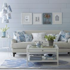 living room ideas in every style! Mix and Chic: Beautiful living room ideas in every style!Mix and Chic: Beautiful living room ideas in every style! Coastal Living Rooms, Elegant Living Room, Beautiful Living Rooms, Home Living Room, Living Room Decor, Cottage Living, Cottage Style, Living Area, Living Furniture