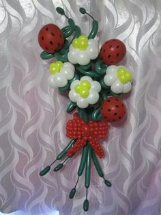 Awwwh.  Cutest balloon bouquet ever!  Ladybugs are over the top.