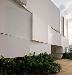 *마이애미 디오르 파사드 디자인 [ Barbarito Bancel Architects ] The Façade Of The New Dior Shop In Miami Is A Visual Delight :: 5osA: [오사]