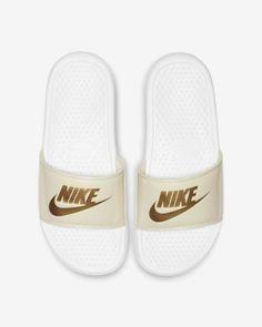 best sneakers 3c999 2d0f0 Claquette Nike Benassi JDI Floral pour Femme