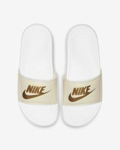 best sneakers 3bff7 b1032 Claquette Nike Benassi JDI Floral pour Femme
