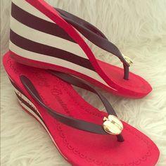 f1f4abf4b012 Juicy Couture Red  amp  Navy Wedge Flip Flops Super cute Juicy wedge flip  flops in