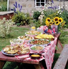 barbecue party decorations ideas | Backyard BBQ | Outdoor Party Ideas