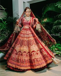 This red lehenga with a hint of orange in it and stunning intricate design is one from our bridal dreams ❤ (C)- @red_veds outfit-…