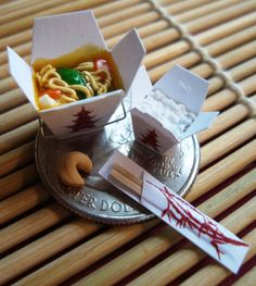 Set of 4: 1/12th Scale Miniatures - Chinese Vegetable Lo-Mein Take-Out Set