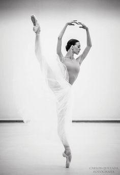 "gorbigorbi: "" Viktorina Kapitonova (Ballett Zürich) Photo © Carlos Quezada """