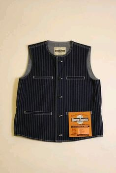 Wabash Vest Denim Jacket With Dress, Vest Jacket, Cute Simple Outfits, Men's Waistcoat, Hipster Looks, Style Masculin, Raw Denim, Men's Wardrobe, Dress For Success