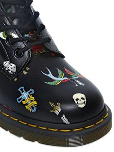 DR.MARTENS - 30MM TATTOO PRINTED LEATHER BOOTS - LUISAVIAROMA - LUXURY SHOPPING WORLDWIDE SHIPPING - FLORENCE