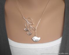 Family Bird Charms and Branch Lariat Necklace door SweetMelodyShop, $32.00